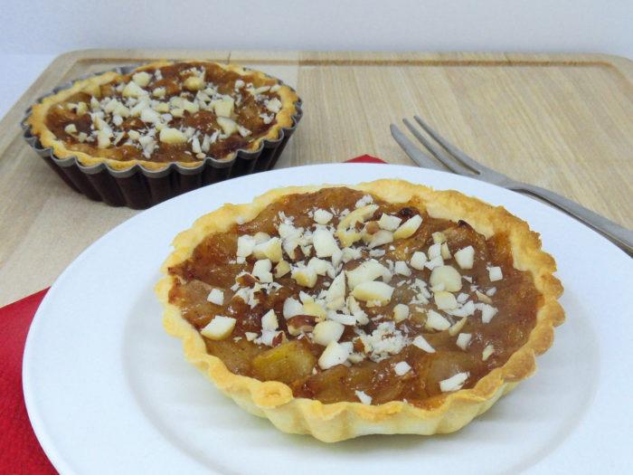 dvije mini tarte s jabukama